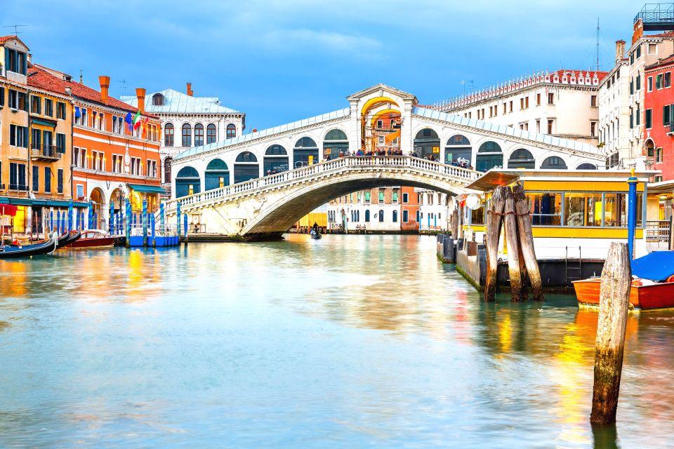 Ponte di Rialto - Venice, Italy