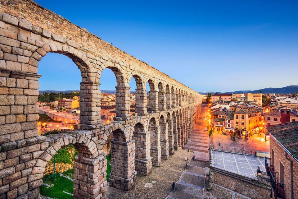 Contemplar el Acueducto Romano