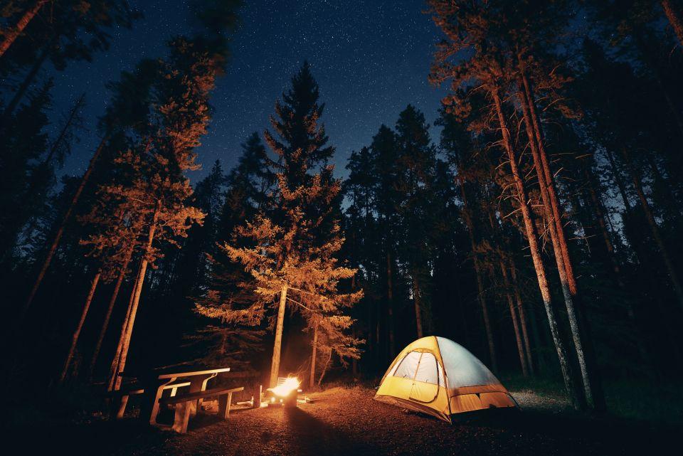 quelles sont les meilleures destinations pour faire du camping en automne easyvoyage. Black Bedroom Furniture Sets. Home Design Ideas