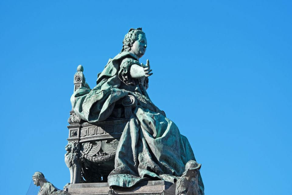 Monumento alla gloria di Maria Teresa