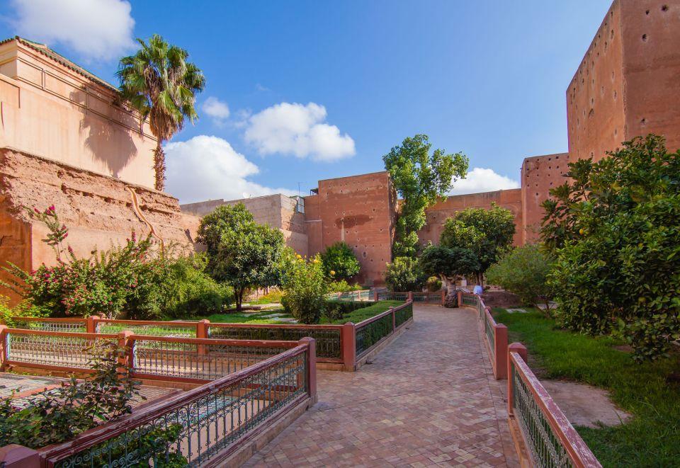 Un jardin cahé dans la Médina de Marrakech