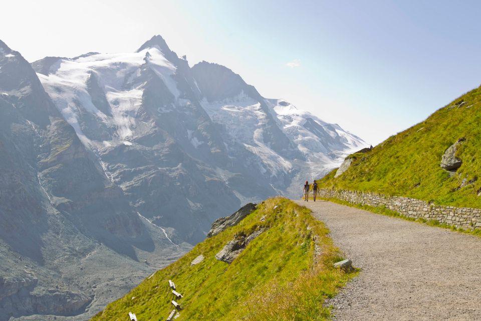 Chemin de randonnée sur la route alpine du Großglockner