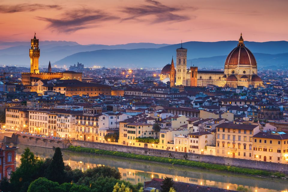 Watch the sunset from Piazzale Michelangelo
