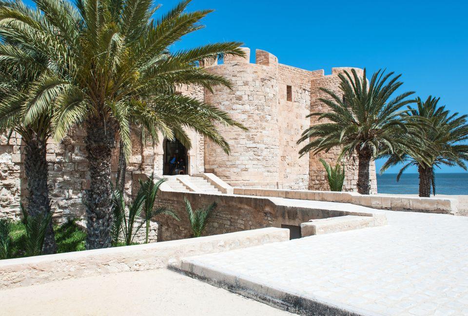 Djerba, la ville blanche de Tunisie