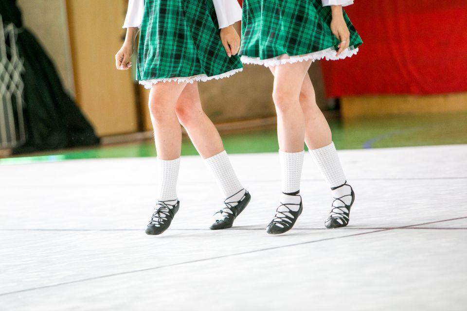 Irish dancing at the Festival Céilí