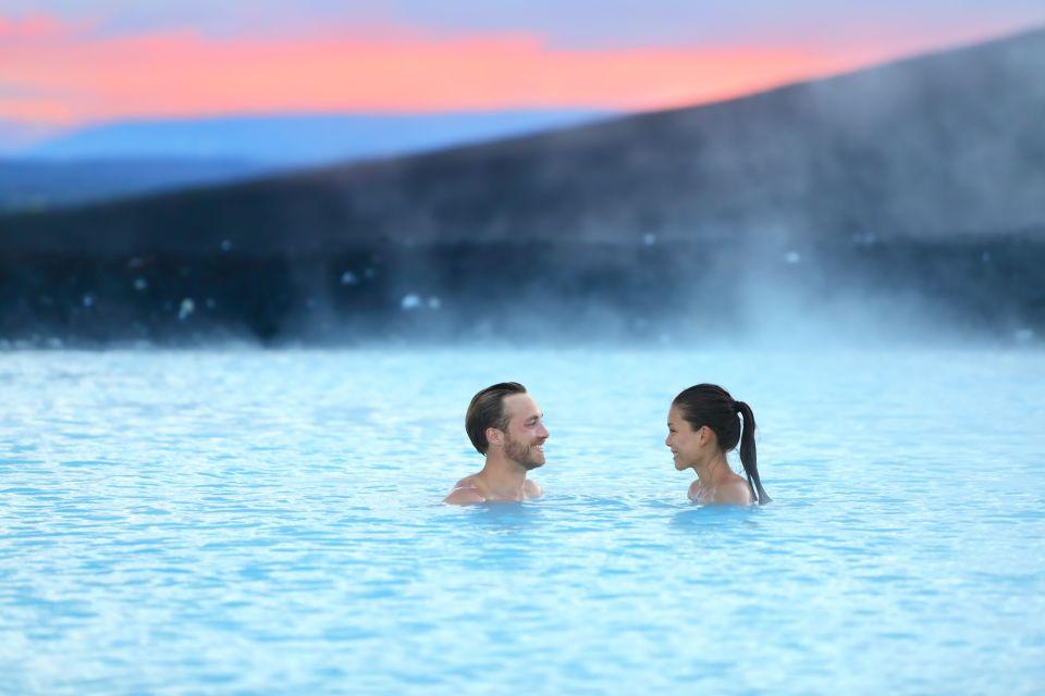 Se réchauffer dans les piscines géothermiques