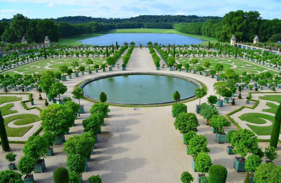 Top 10 des jardins les plus remarquables en france for Entretien jardin versailles