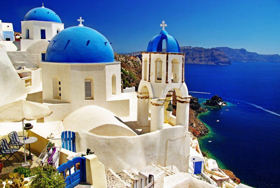 The real romantics: Santorini