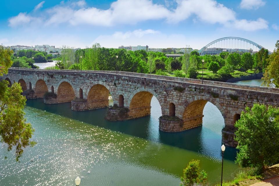 Pont romain sur la rivière Guadiana à Mérida
