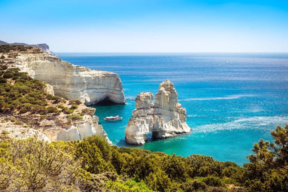 Kleftiko costa rocciosa sull'isola di Milos, Grecia