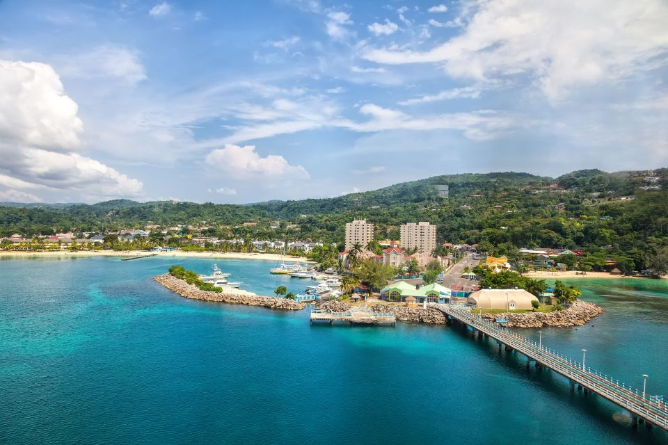 3) La Jamaïque