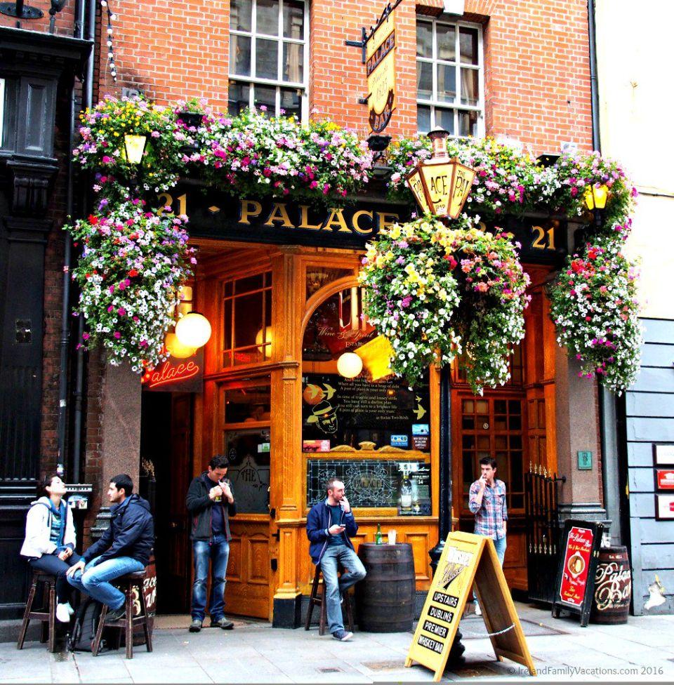 Palace Bar Pub, Dublin