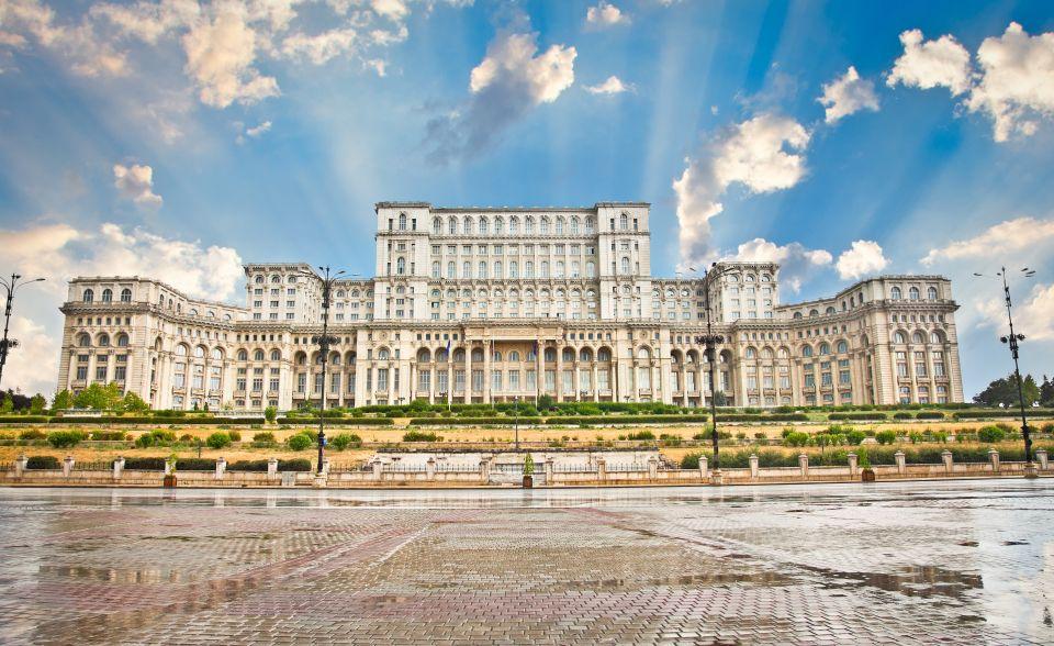 Le Parlement roumain à Bucarest
