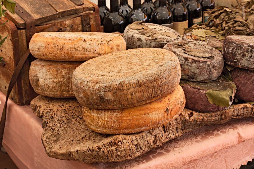 Casu Marzu-Schafmilchkäse mit Maden