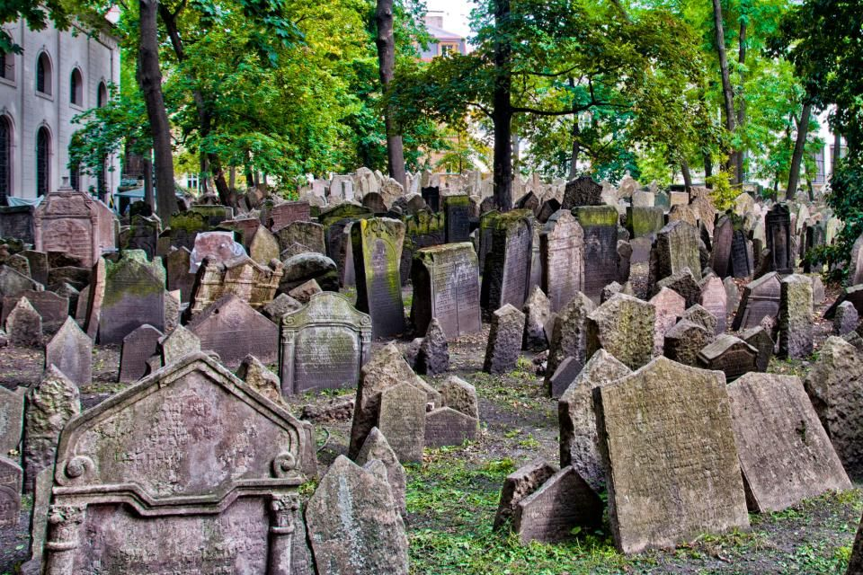 Le cimetière juif de Prague, République Tchèque