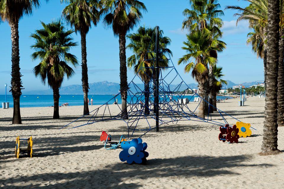 Aire de jeux sur la plage
