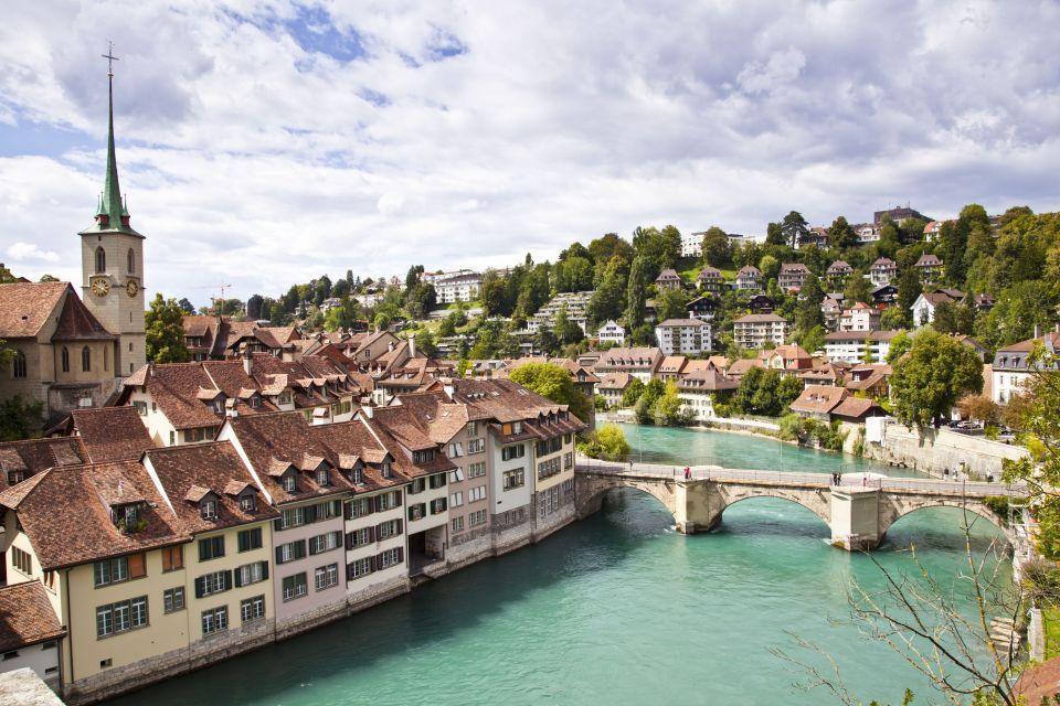 4 Berna, Suiza