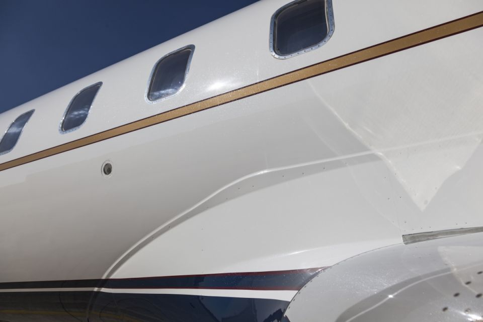 Detalle lateral aeronave