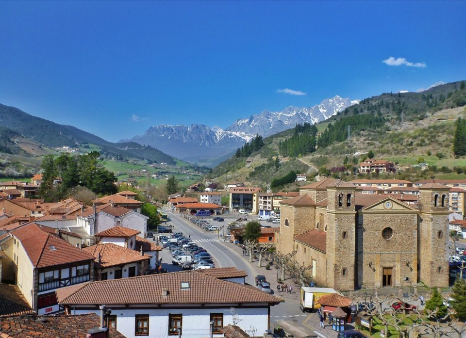 2. Potes (Cantabria)