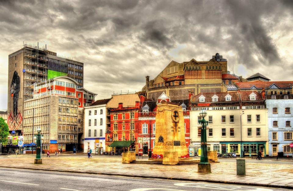 Bristol Regno Unito incontri Giochi di incontri anime online gratis