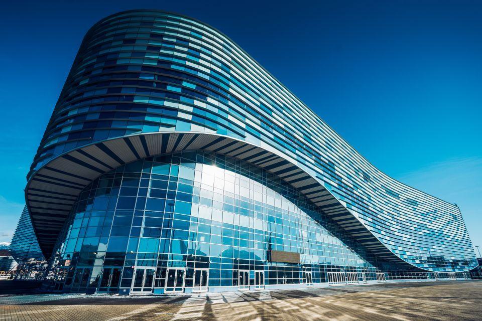 Palacio de Patinaje sobre hielo Iceberg, Sochi, Rusia