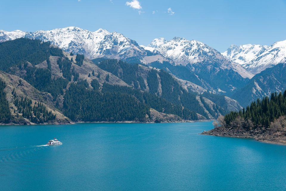 Heavenly Lake of Tianshan, China