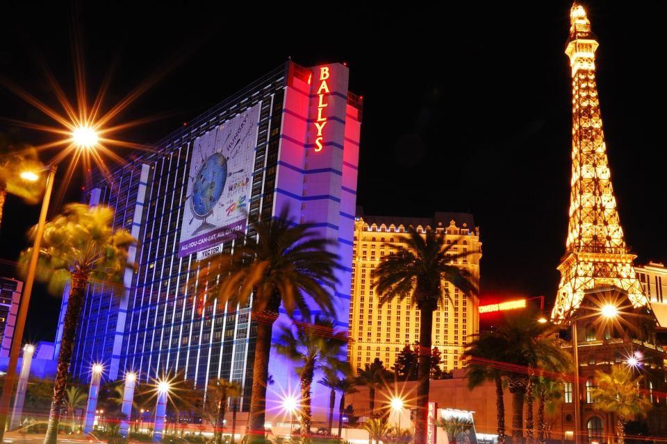 1-<i> Lo que pasa en Las Vegas, se queda en Las Vegas</i>