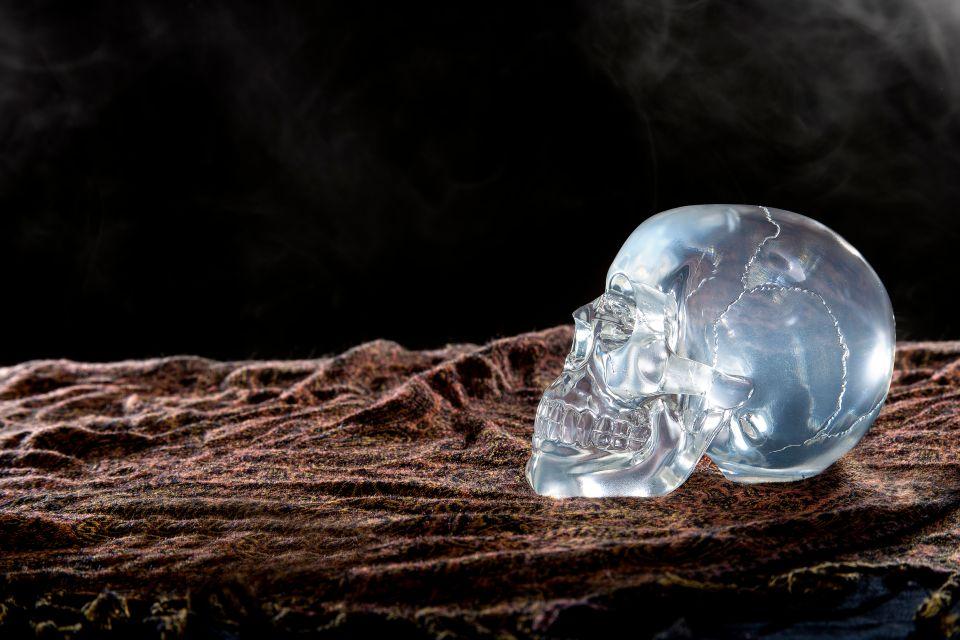 Les crânes de cristal : réelle malédiction ?