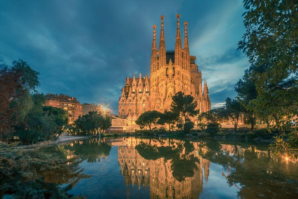 4. Sagrada Familia, Barcelona