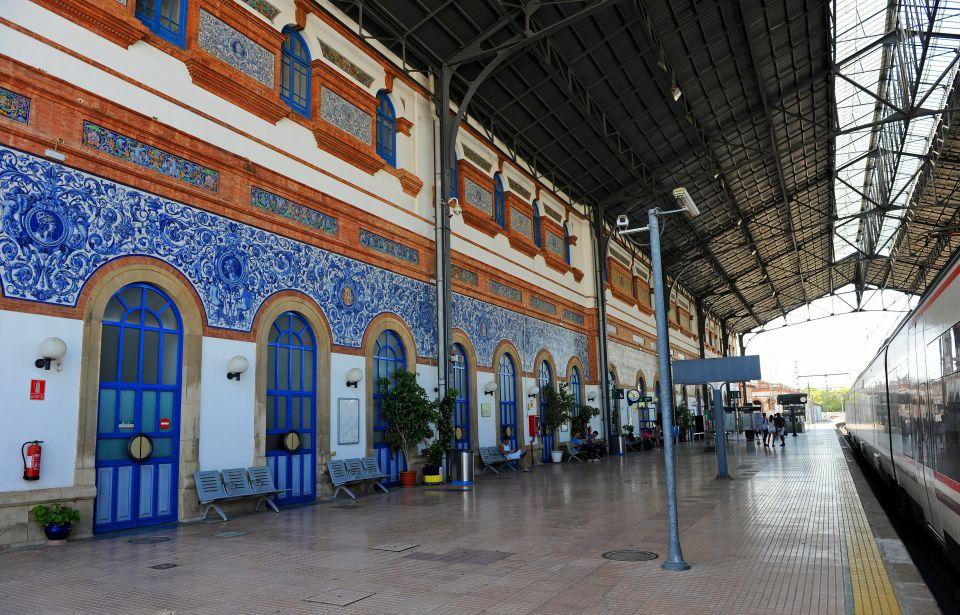 El tren Al Andalus ofrece una ruta por el sur de España