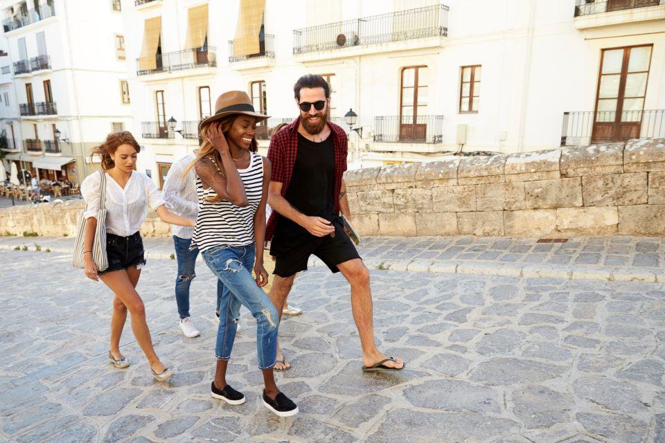 Take free walking tours