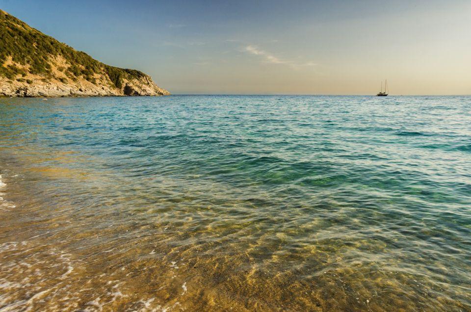 4. Solanas Cagliari, Italia