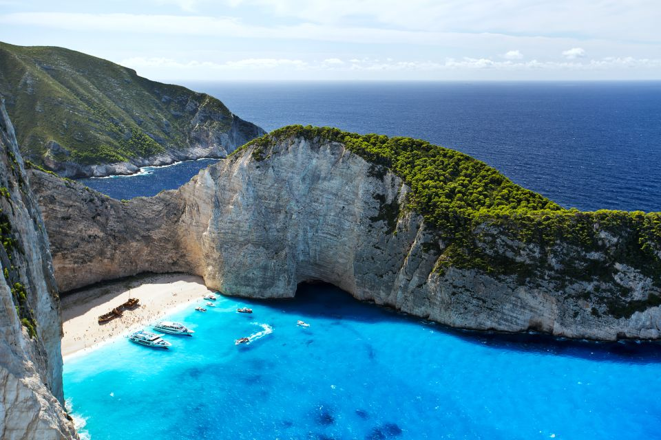 4. La Playa del Naufragio, Grecia.