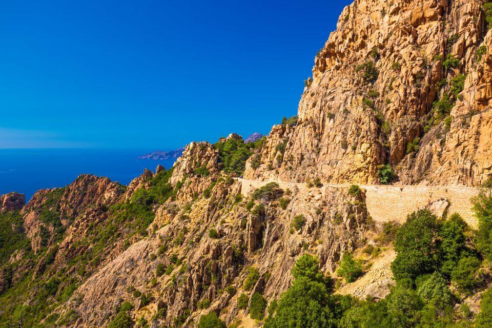 Travel around Corsica on a quad bike
