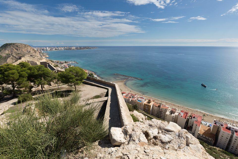 4. Playa de San Juan, Alicante