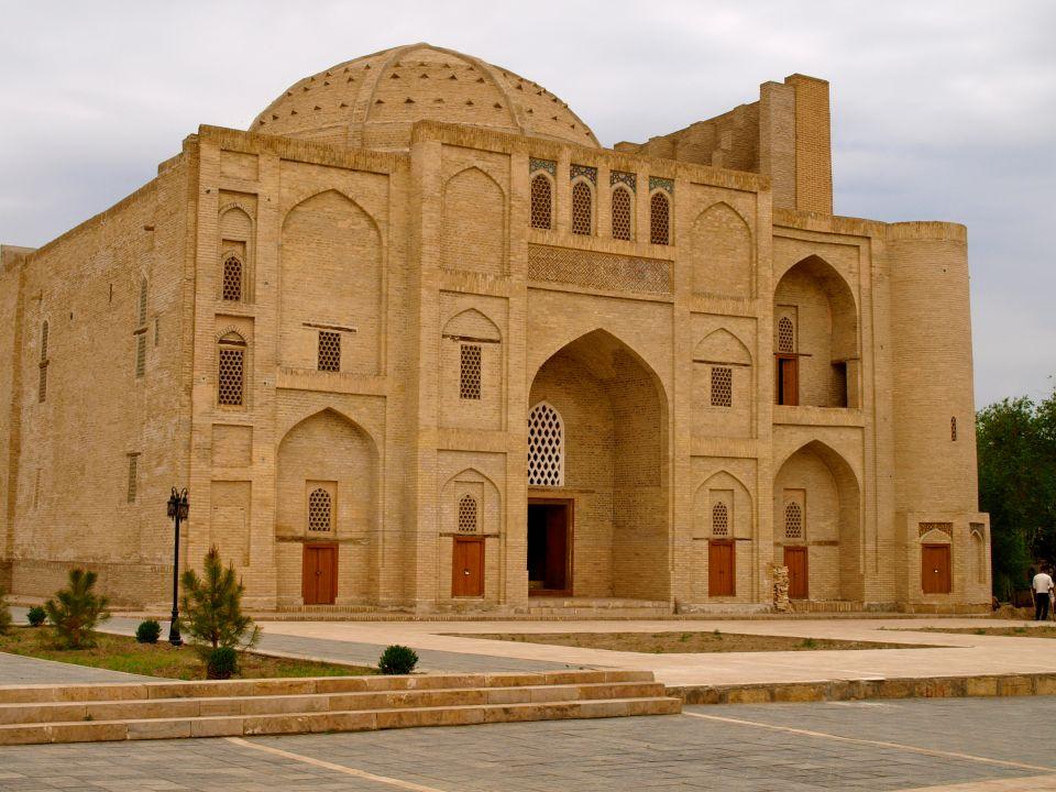16) L'Ouzbékistan