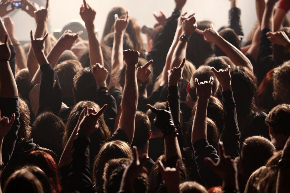 3. La prima band che ha suonato in tutti e 7 i continenti