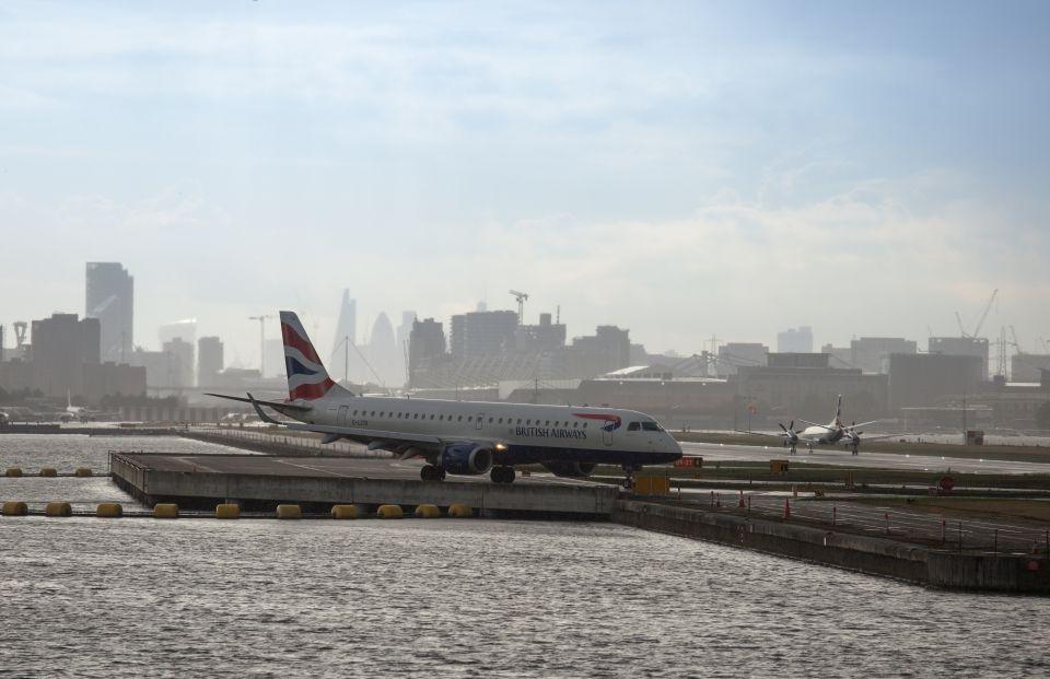7.Aeroporto di Londra-City, Inghilterra
