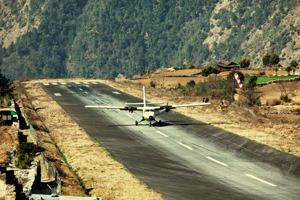 14.Aeroporto di Lukla, Nepal