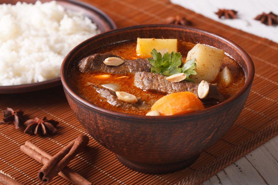4. Massaman curry, Thailand
