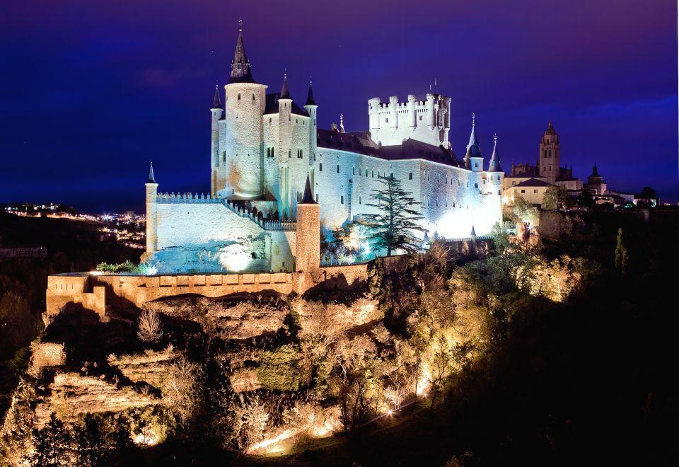 El Castillo de Blancanieves se inspiró en el Alcázar de Segovia