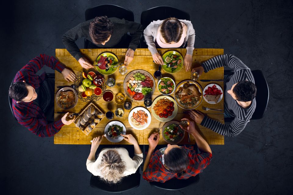 What is immersive dining?
