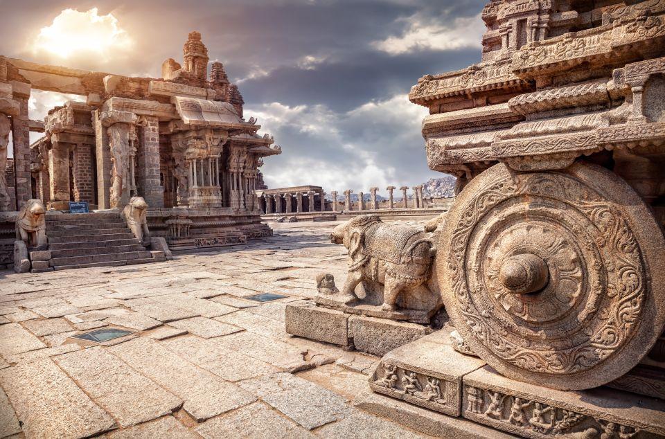 The Musical Pillars of the Ranga Mantapa