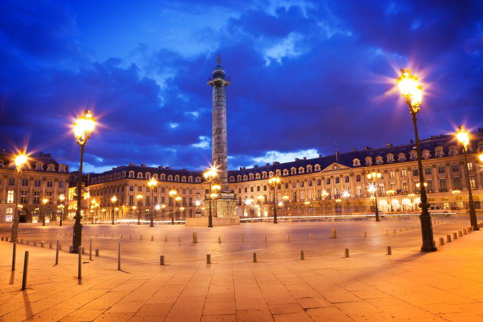 A tour around the Place de Vendome