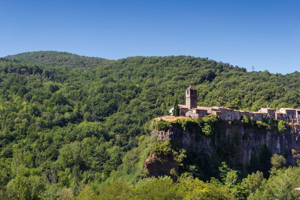 <b>2. Castellfollit de la Roca, Gerona</b>