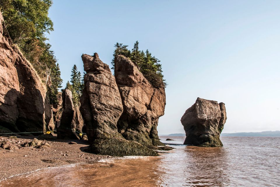 3. Die Hopewell Rocks