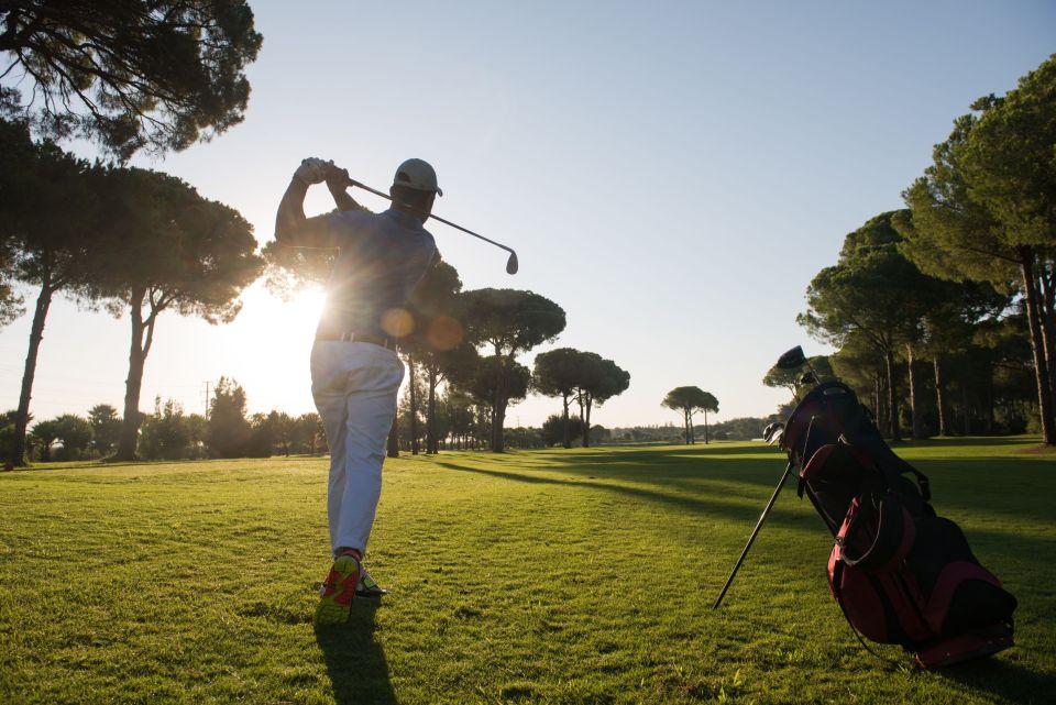 Swinguer sur un terrain de golf
