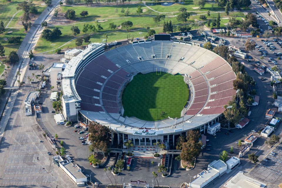 6. Rose Bowl, Pasadena (California)