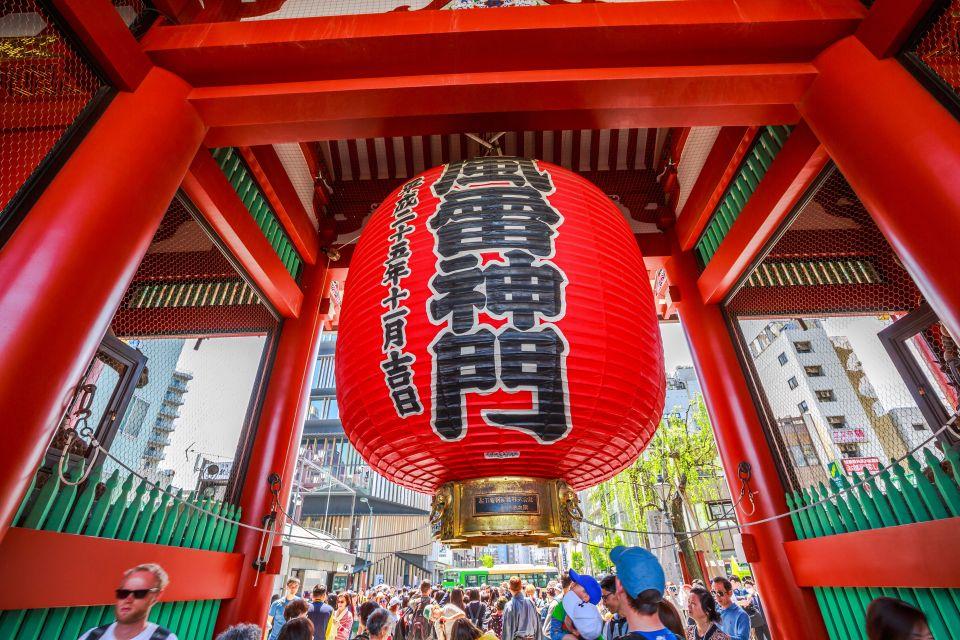Scova il Giappone tradizionale del tempio Senso-ji, ad Asakusa