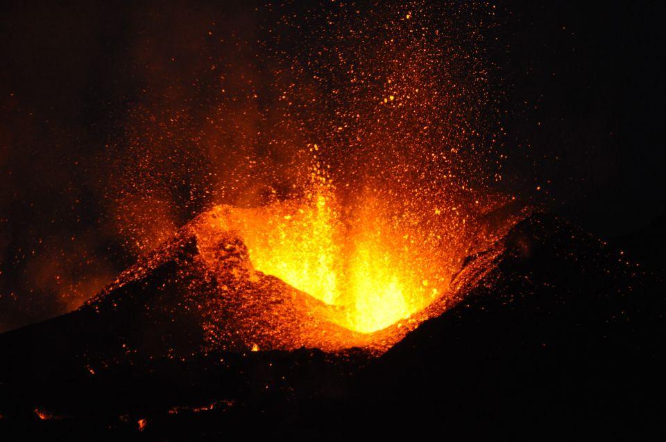 April: Vulkanwandern auf dem Eyjafjallajökull, Island
